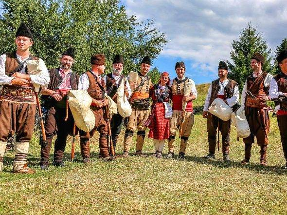 The Rose Festival in Kazanlak - image BAGPIPES1 on https://www.easybulgariatravel.com